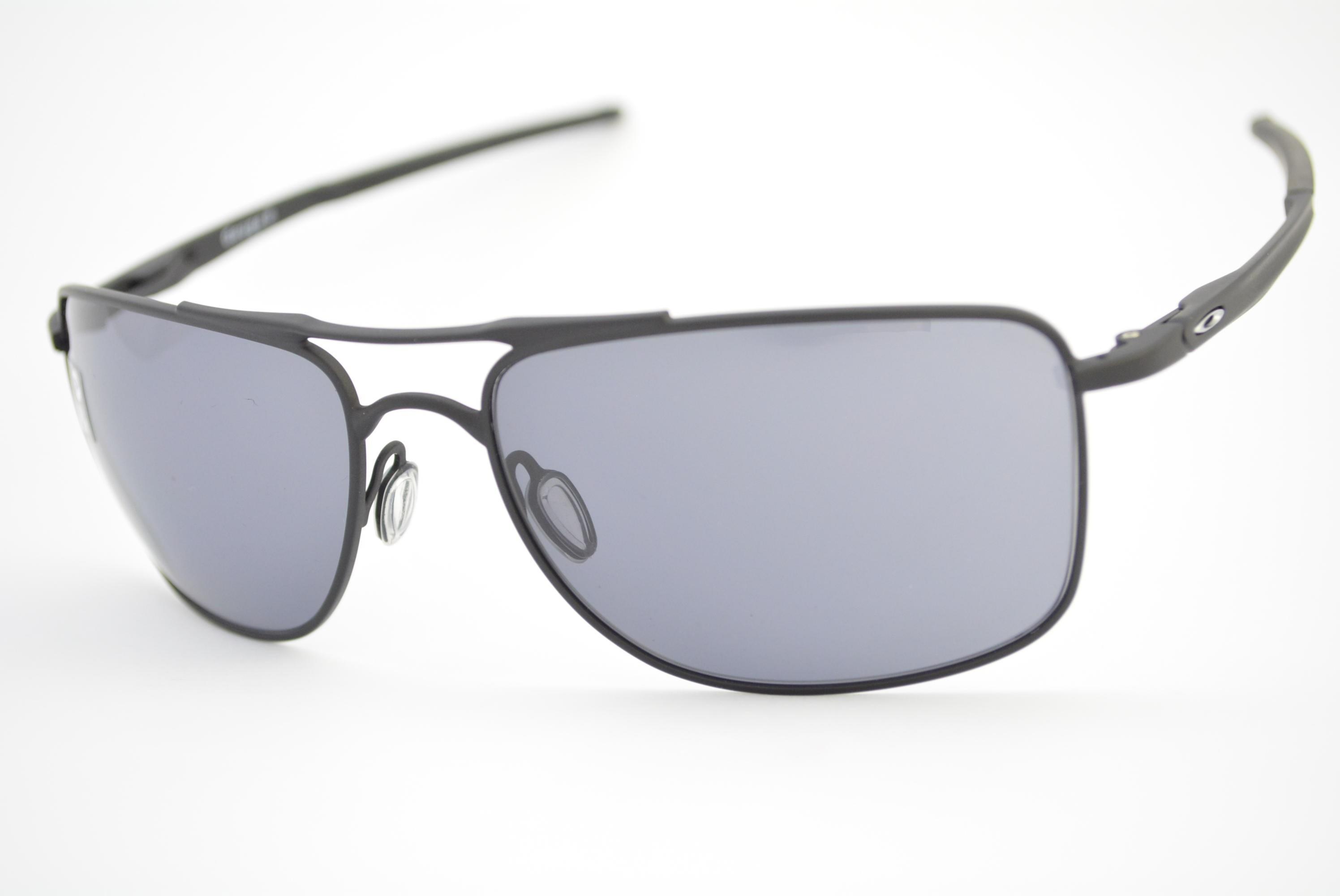 556dcbce25fb2 óculos de sol Oakley mod Gauge 8 matte black w grey 4124-0162 Ótica ...