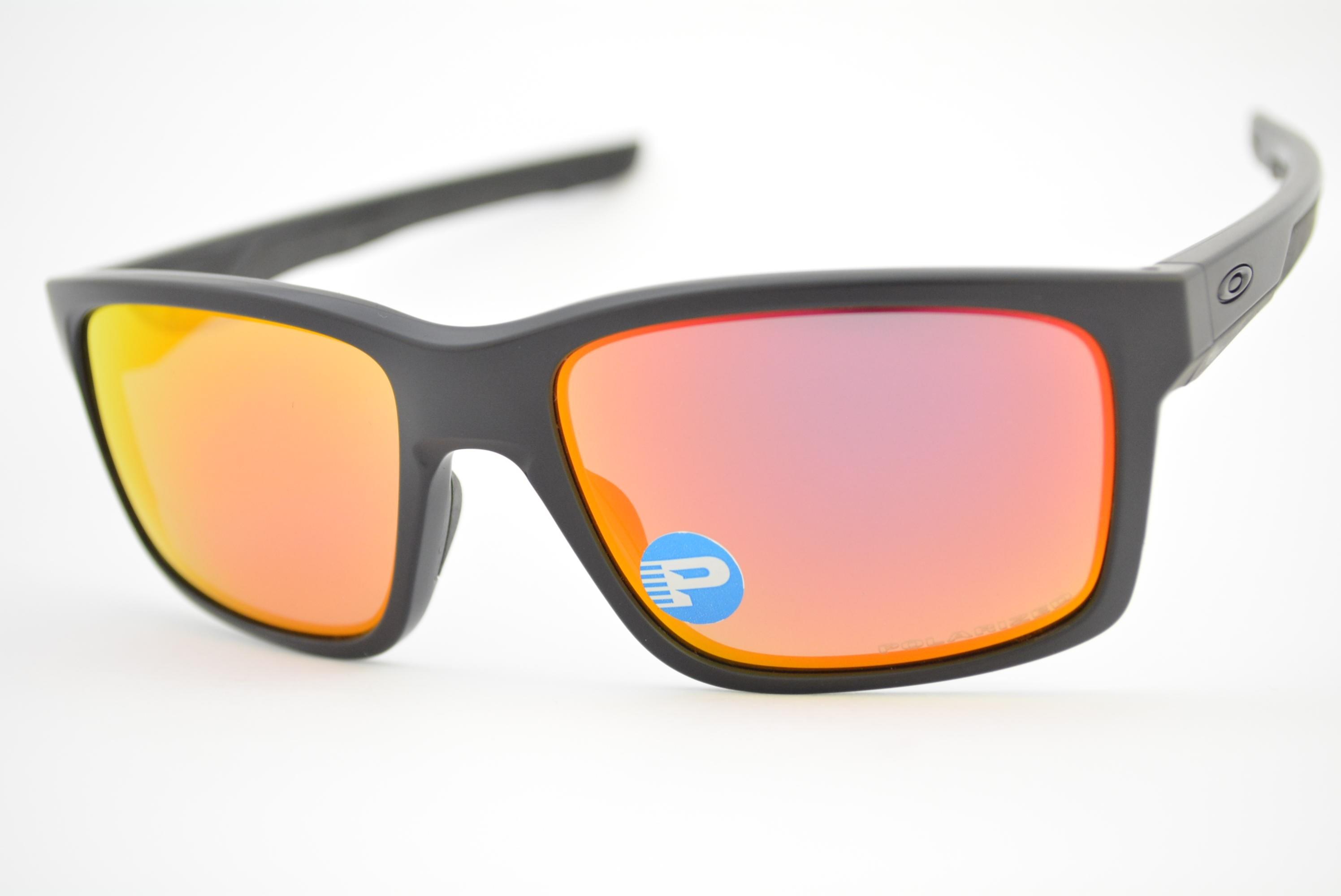 b13223f3e3ca6 óculos de sol Oakley mod Mainlink matte black w ruby iridium polarized  009264-07