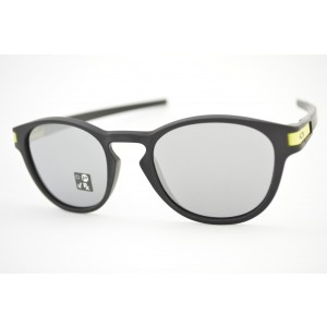 óculos de sol Oakley mod Latch matte black w/chrome iridium Valentino Rossi Collection 9265-2153